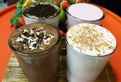 difference milkshake smoothie