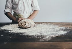 difference levure levain